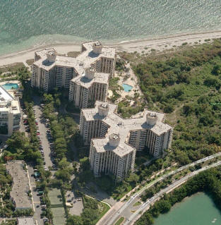 The Towers of Key Biscayne Condo